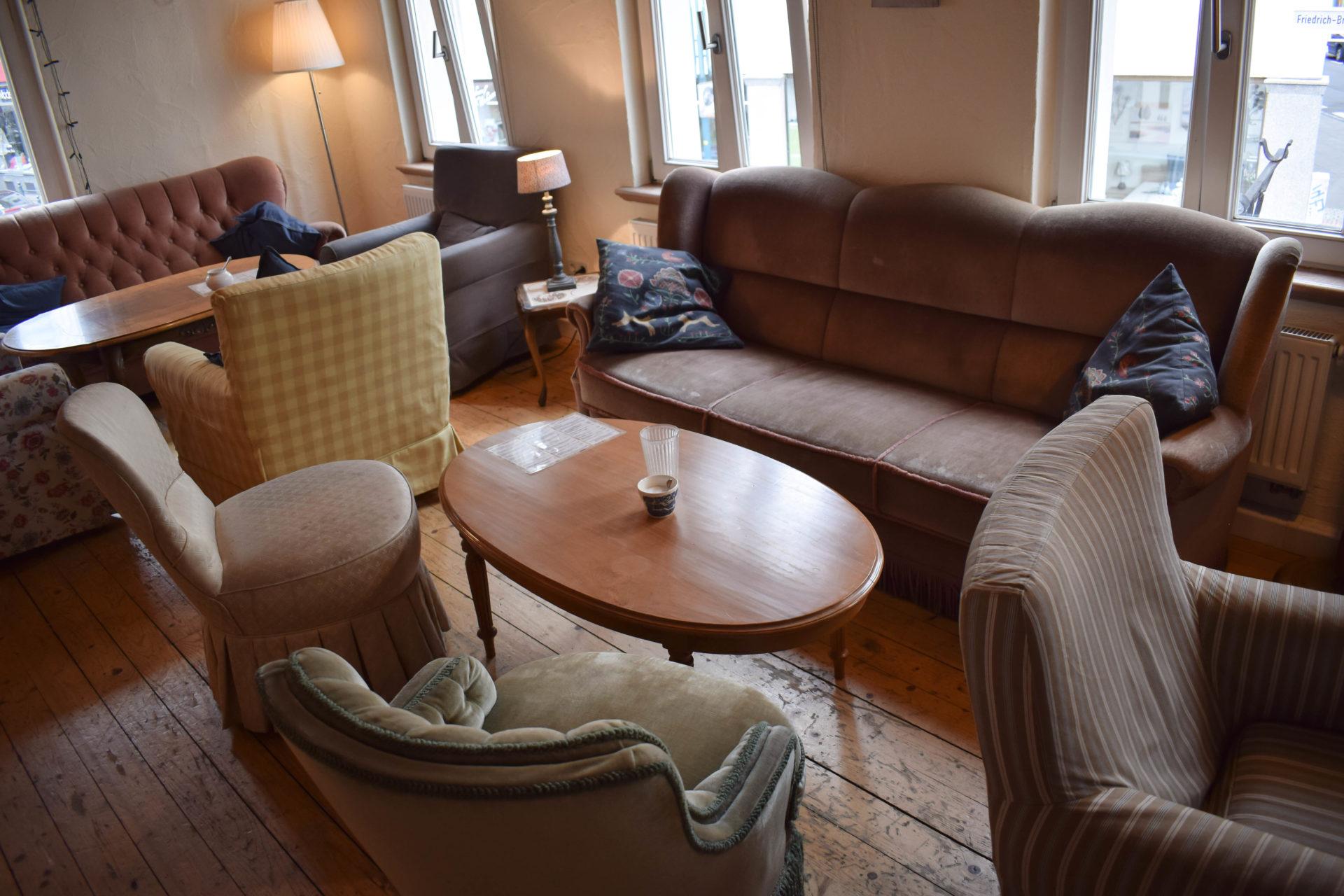 Mayras Wohnzimmer Cafe-8 ⋆ Julias Torten und Törtchen