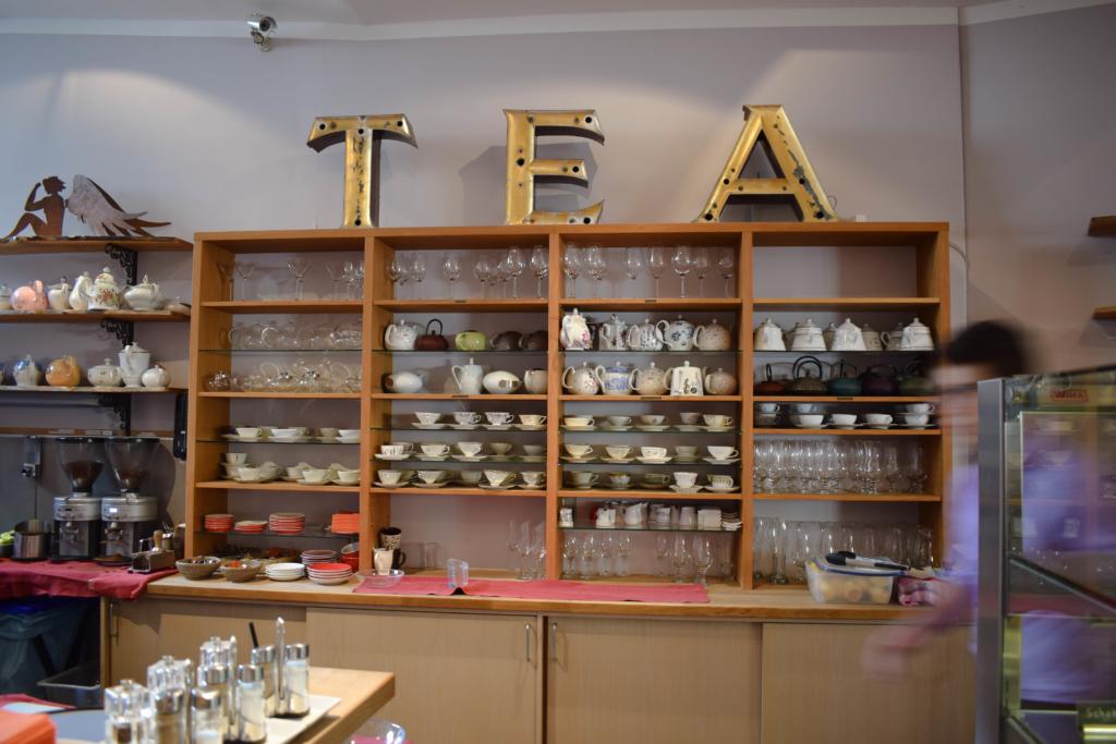 Die besten und schönsten Cafes in Bonn. Tolle Cafes mit tollem Gebäck in gemütlicher Atmosphäre. Dieses mal: Klara´s Garten und Varie Tee