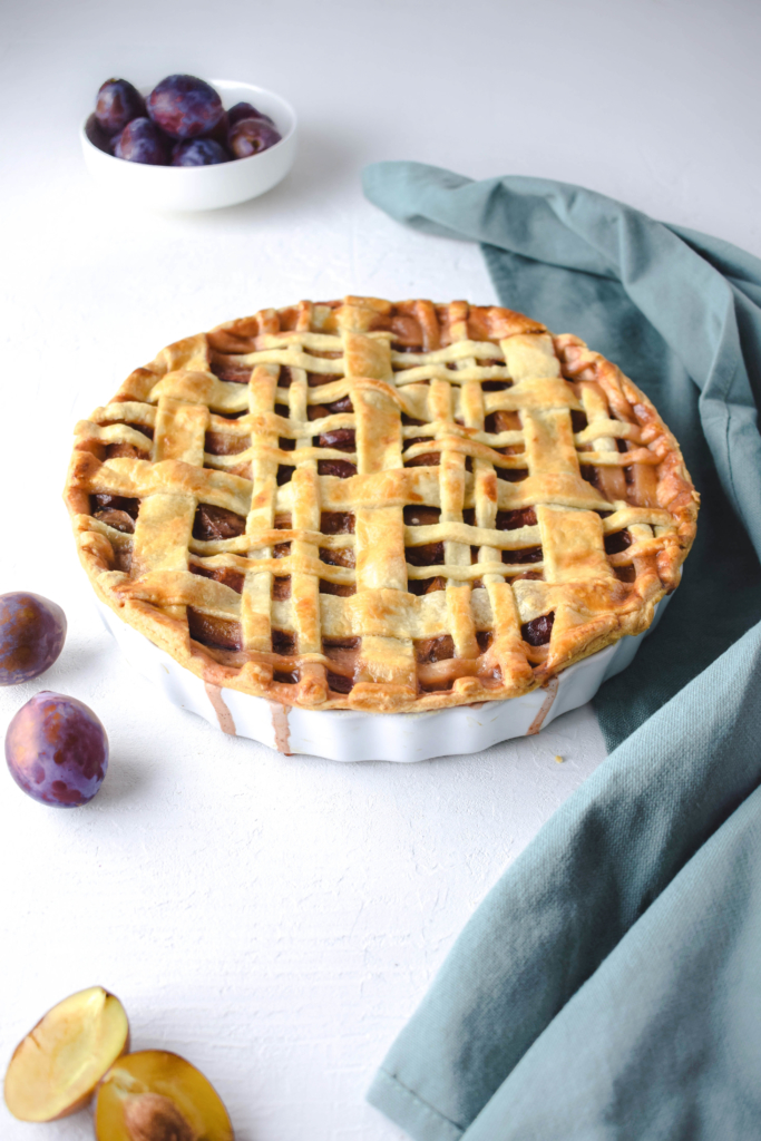 Zwetschgen Pie mit Vanille Sauce